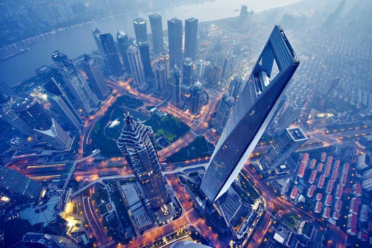 香港、台湾、大中華圏の企業へも投資で評判の『DIAM中国関連株オープン』・『チャイニーズ・エンジェル』の運用成績・見通しを解説