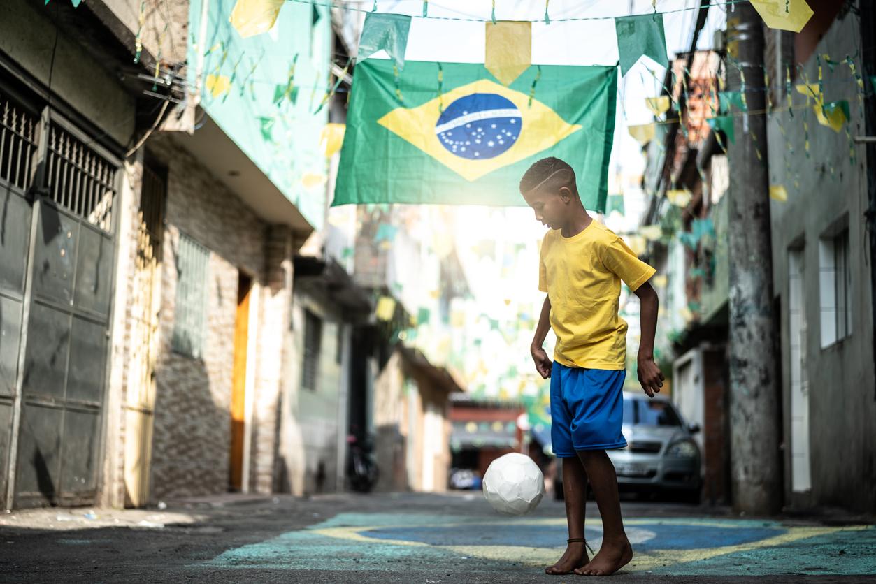 サッカー大国ブラジルは株式投資適格か?国の経済と財政をファンダメンタルズ分析・不安定な政治・汚職・財政問題に焦点